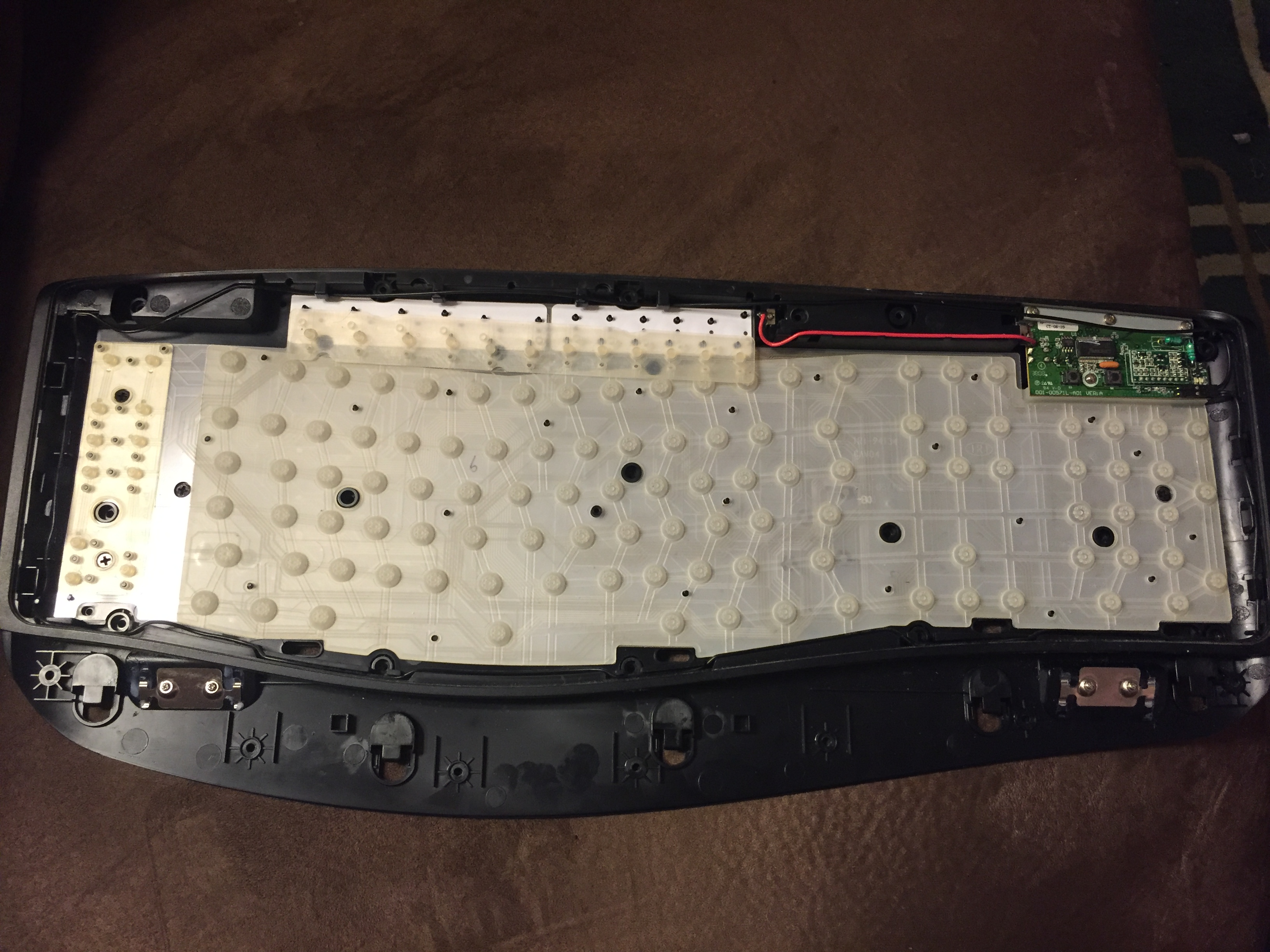 843f824a5b7 Microsoft Wireless Laser Keyboard 5000 Assemble/Disassemble because of  stuck battery – teknicality